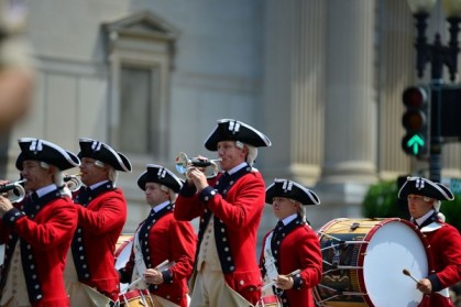 4th_of_July_Independence_Day_Parade_2014_DC_14466486678-600x400